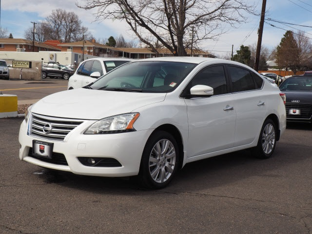 Pre-Owned 2015 Nissan Sentra SL