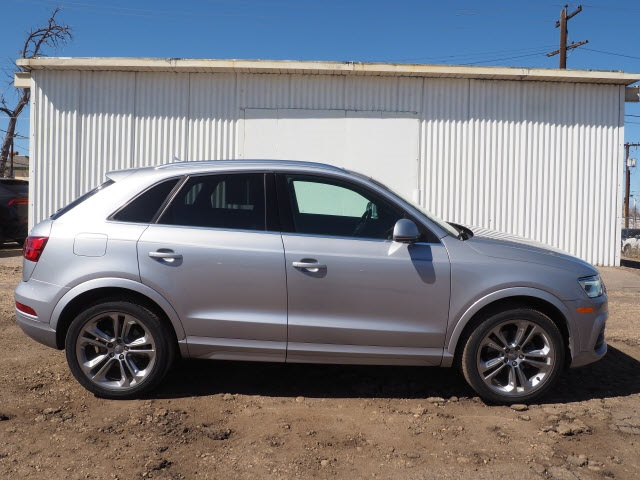 Pre-Owned 2016 Audi Q3 2.0T Premium Plus