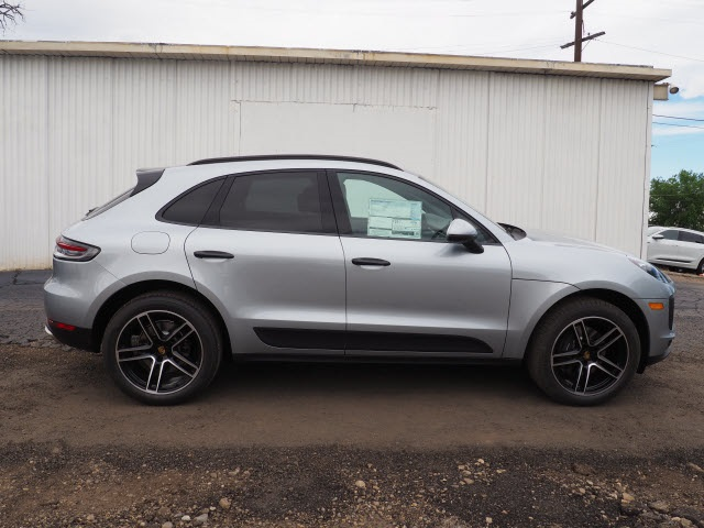 New 2019 Porsche Macan Base